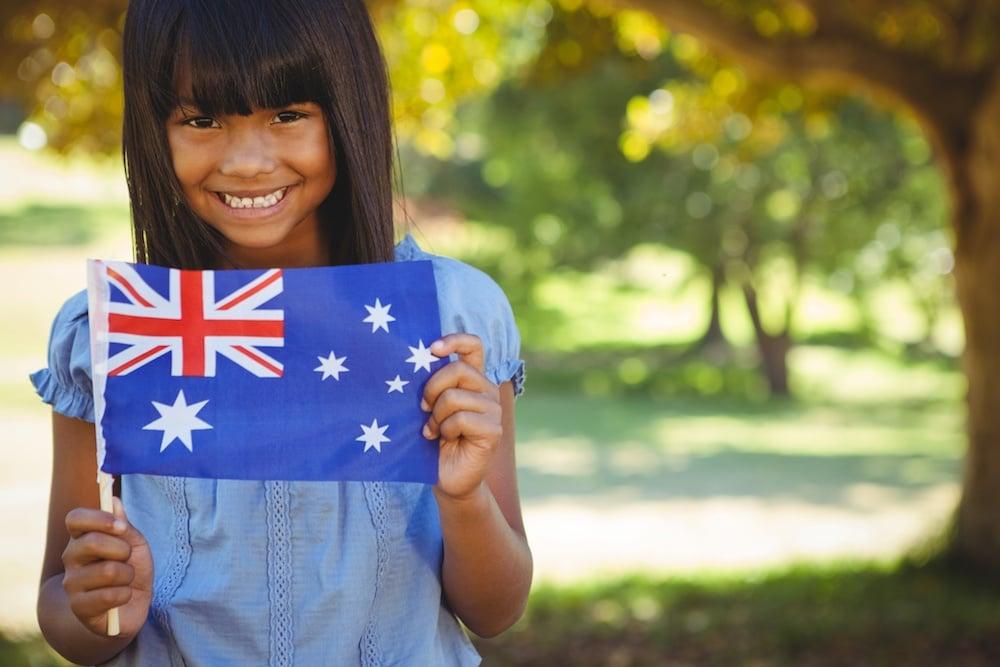 Sonder-Blog-5-Myths-About-Australia-hero-image-Aussie-flag