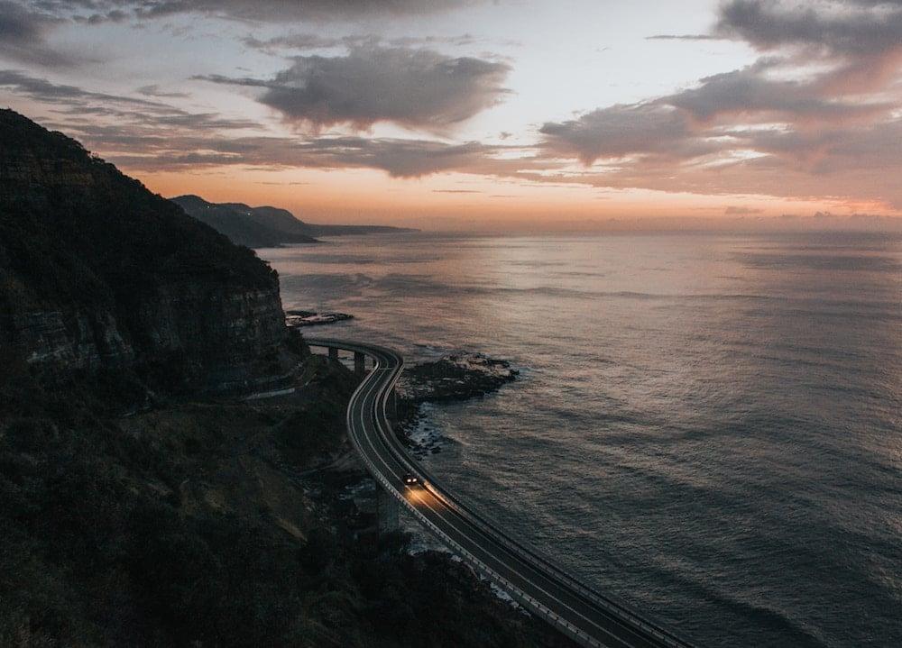 sonder-blog-driving-safely-in-australia-hero-image-seacliff-bridge-karen-taylor