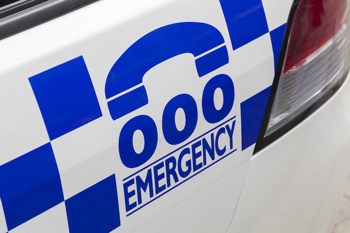 sonder-blog-emergency-000-on-police-car-resized