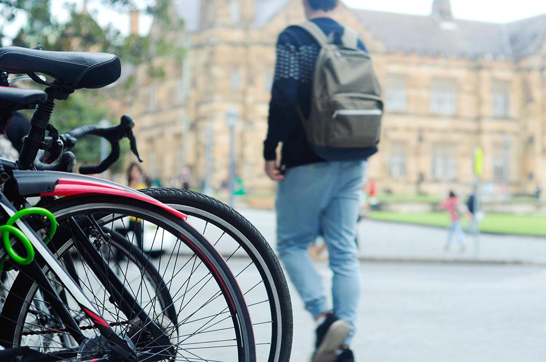 sydney-uni-student